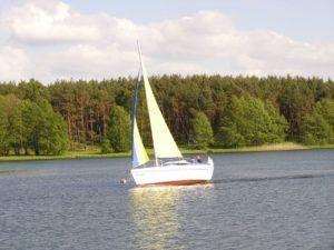 2000 – Rozpoczęcie sezonu żeglarskiego